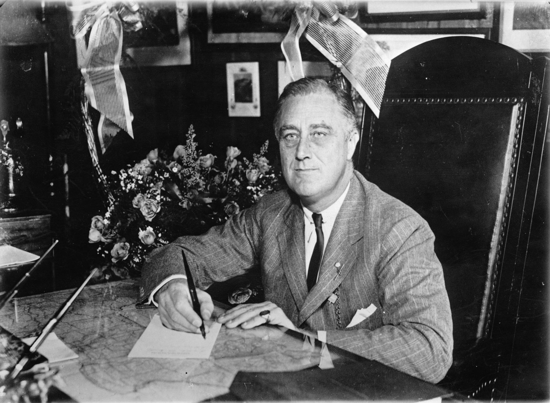 Frankl D. Roosevelt;  president of the United States of America. Photograph. November 9th 1932. (Photo by Imagno/Getty Images) Franklin D. Roosevelt; PrŠsident der USA. Photographie. 9.11.1932.